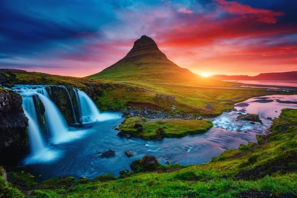 איסלנד מובילה את השוויון המגדרי בעולם. כשזה הנוף, זה כנראה אפשרי. צילום shutterstock