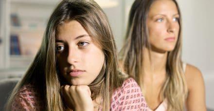 """""""חבל שנולדת"""": נשים חושפות את היחסים המורכבים עם האחיות שלהן"""