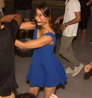 עמית רוז סמואל רוקדת סלסה. צילום: לואיס נחמן