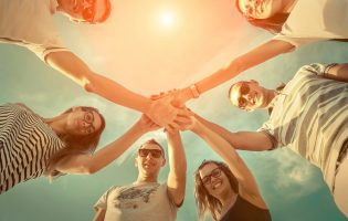 טרשת נפוצה: איך לחיות לצד המחלה ולא להישאב לתוכה?
