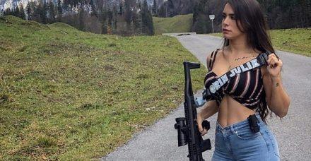"""דוגמניות הנשק משיבות מלחמה: """"זו העצמה נשית"""""""