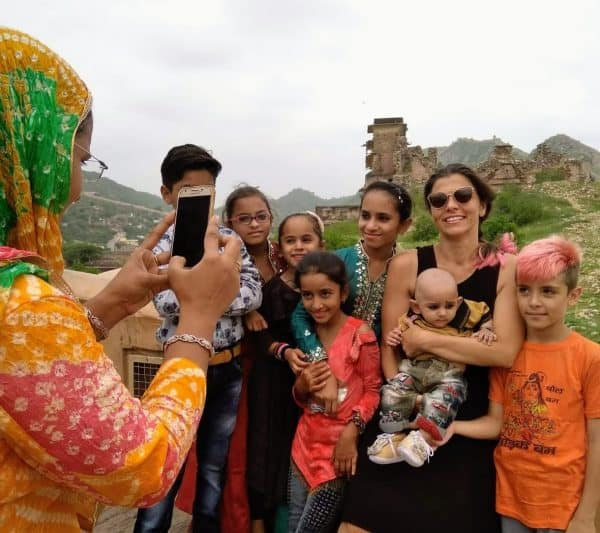 דניאלה דורון ומשפחתה. צילום ביתי