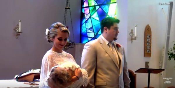 דלטון מורט ביום חתונתה. צילום מתוך יוטיוב