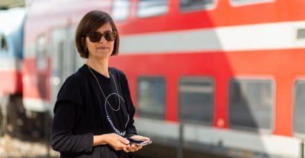 פגישה ברכבת: האישה שעוזרת לנשות ג'יסר-א-זרקה לרקום חלומות