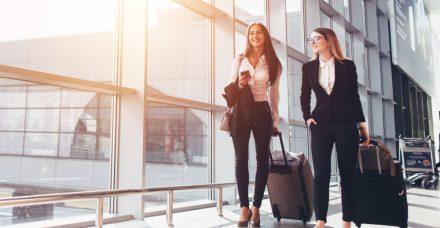 הנוסעת המתמידה: 5 טיפים לנשים שחיות על הקו
