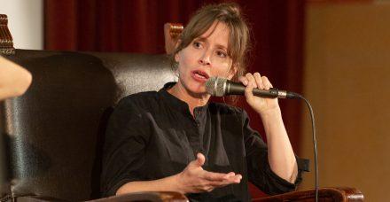 """עלמה זק: """"צריך להתעקש להגיד מה שאנחנו רוצים, מתי שאנחנו רוצים"""""""