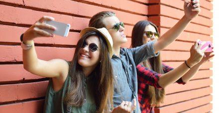 מורה נבוכים להורים הנבוכים: בנות עשרה מסבירות על טיק טוק, אינסטגרם ומה שביניהם