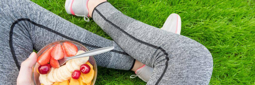לגזור ולשמור: 10 הרגלי אכילה שאת חייבת לאמץ בזמן הנקה