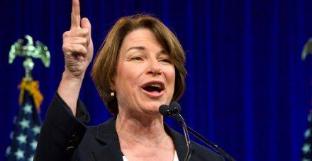 איימי קלובשר- המועמדת הדמוקרטית לנשיאות שיכולה להפתיע את כולם