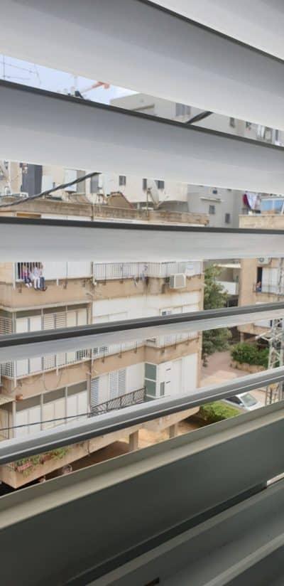 מהחלון של ציפי הורוביץ בבני ברק