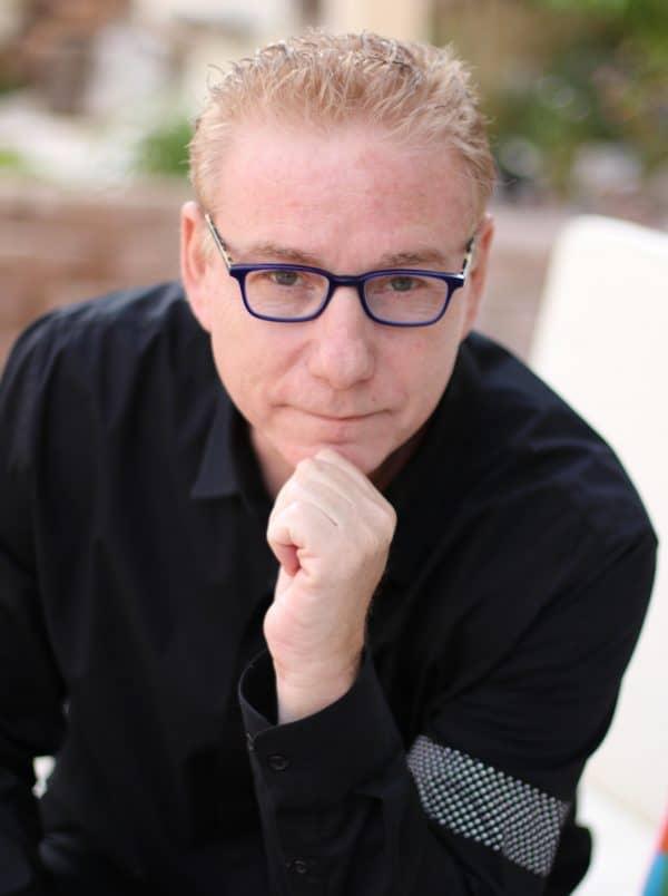 גיל פרץ, מרצה טד ומומחה בילנאומי לביצועי שיא של עסקים ואנשים, מייסד תחום האימונים בישראל