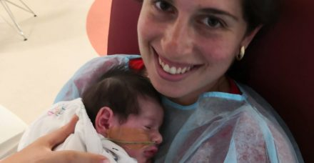 אטרזיה של הוושט: 'המום שכמעט הרג את מיה התינוקת שלי'