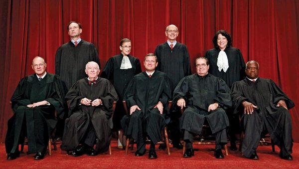 """בית המשפט העליון בארה""""ב בשנת 2009"""