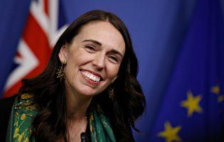 הניצחון המוחץ של ג'סינדה ארדרן –  המנהיגה שבוחרת לדבר שפה אחרת