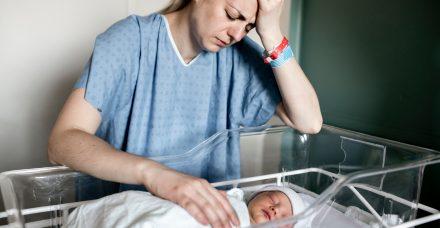 """דיכאון אחרי לידה: """"זה בסדר לא לרצות את התינוק שלך"""""""