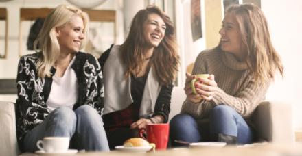 7 דרכים לבלות ערב ביתי ומיוחד עם החברות