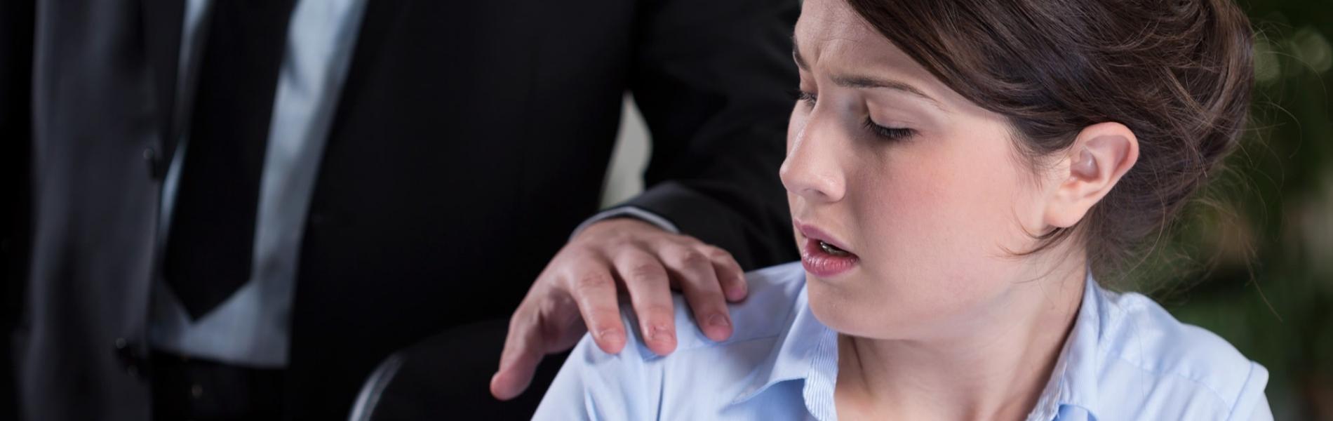 מה אפשר לעשות אם מטרידים אותי מינית במקום העבודה?