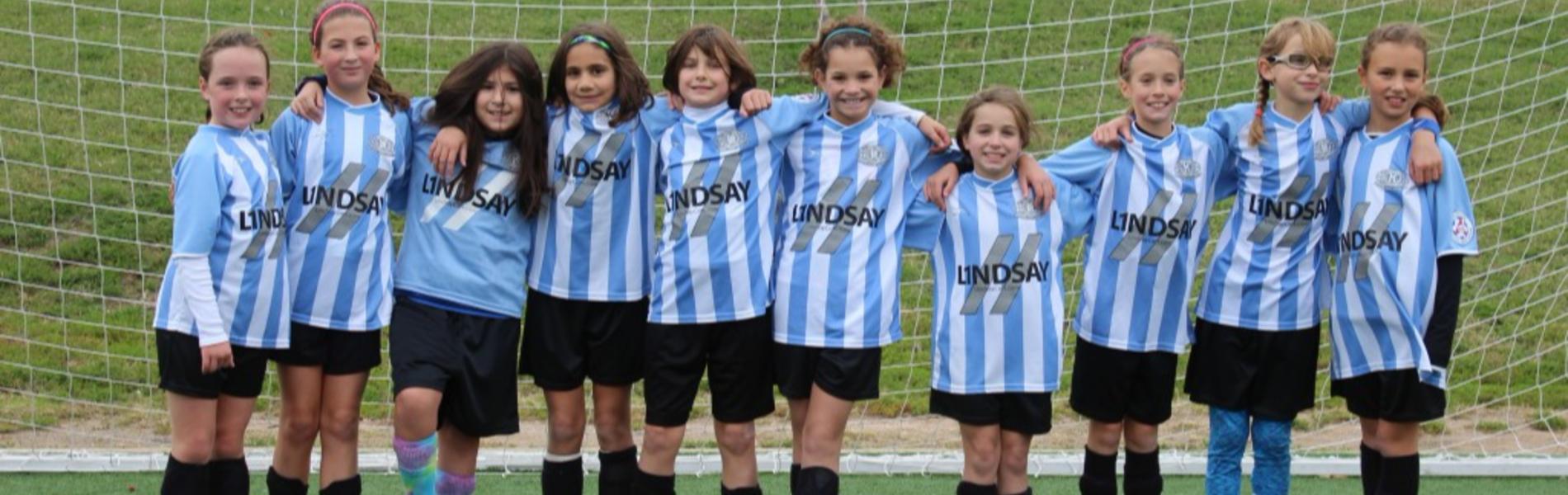 למה הבנות שלכן צריכות לשחק דווקא כדורגל?