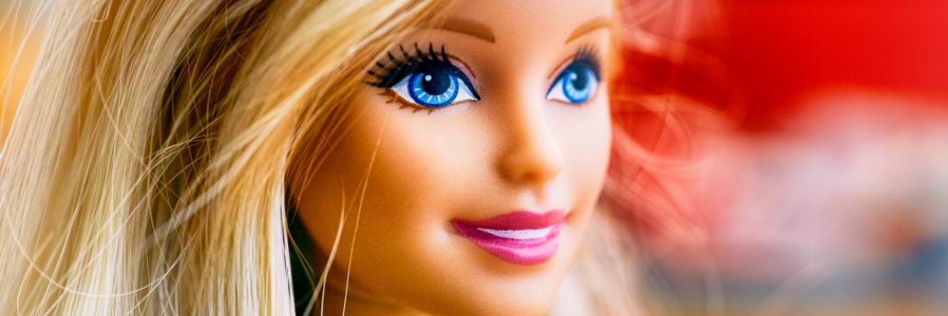 ברבי: כך נולדה בובת הפלסטיק הנמכרת ביותר בעולם