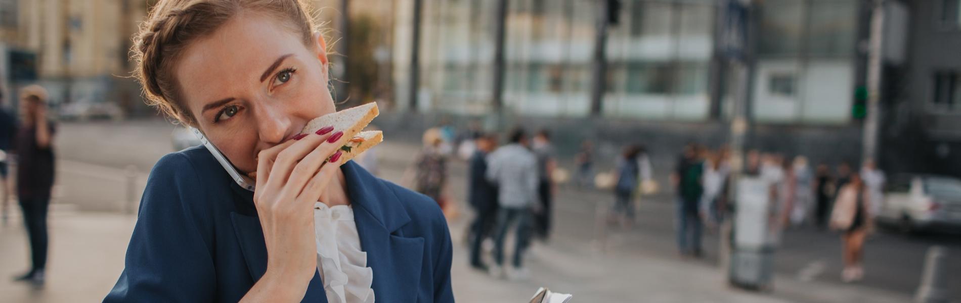 10 טיפים לשמירה על תזונה בריאה גם בימים שאין בהם שניה לנשום