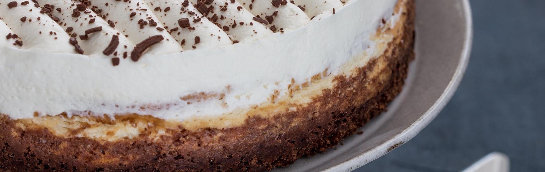 פילדלפיה כשרה לפסח – עוגת גבינת שמנת עם בסיס בראוניז