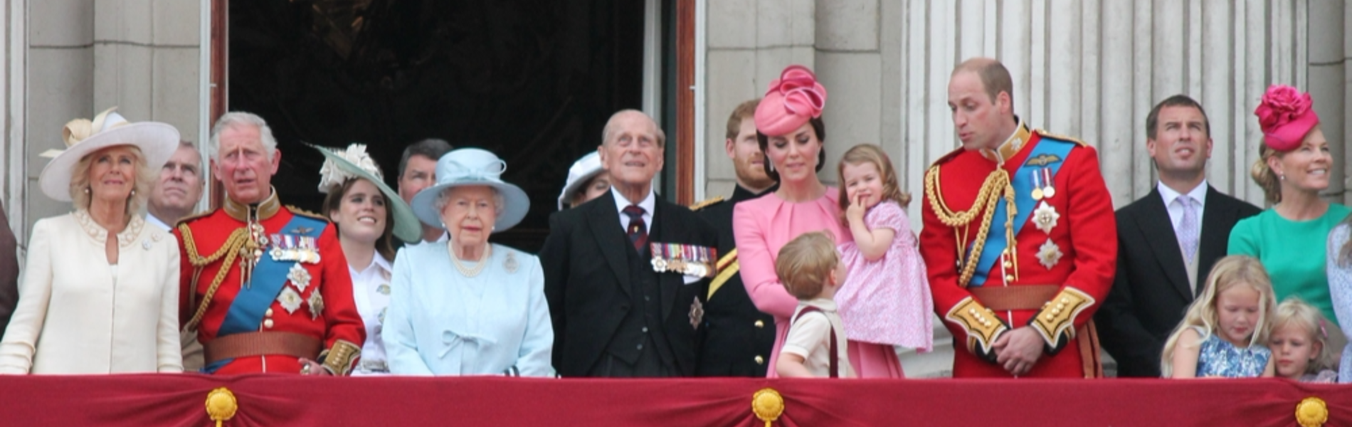 כללי הלבוש הכי הזויים של בנות המלוכה הבריטית