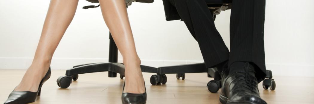 הטרדה מינית במקום העבודה – מה באמת אפשר לעשות בסיטואציה הזו?