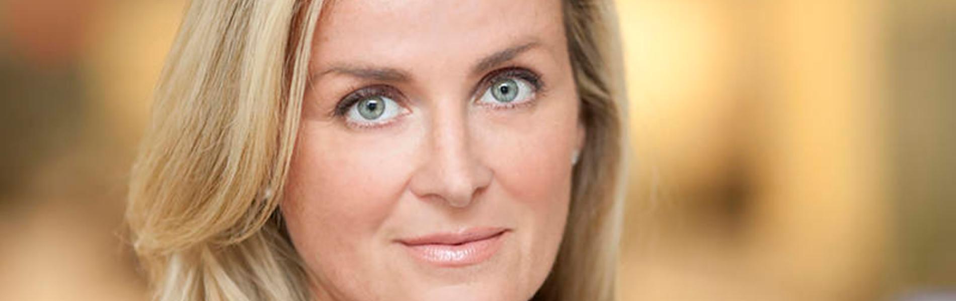 """חדשות בפוקס ניוז: הכירו את סוזן סקוט, המנכל""""ית החדשה (והראשונה)"""