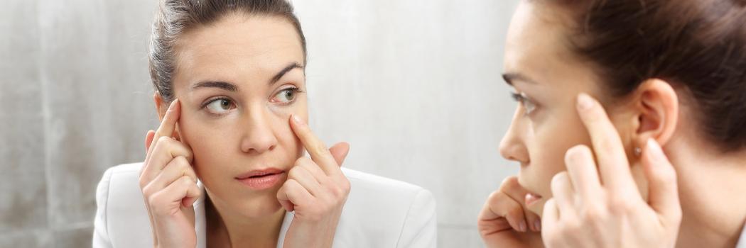 עיניים גדולות: אלו המאכלים שיעזרו לכם להיפטר מהשקיות השחורות