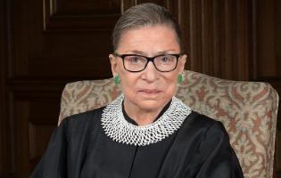 האם רות ביידר גינסבורג, השופטת פורצת הדרך שהפכה לאייקון, תאלץ לפרוש מכס המשפט?