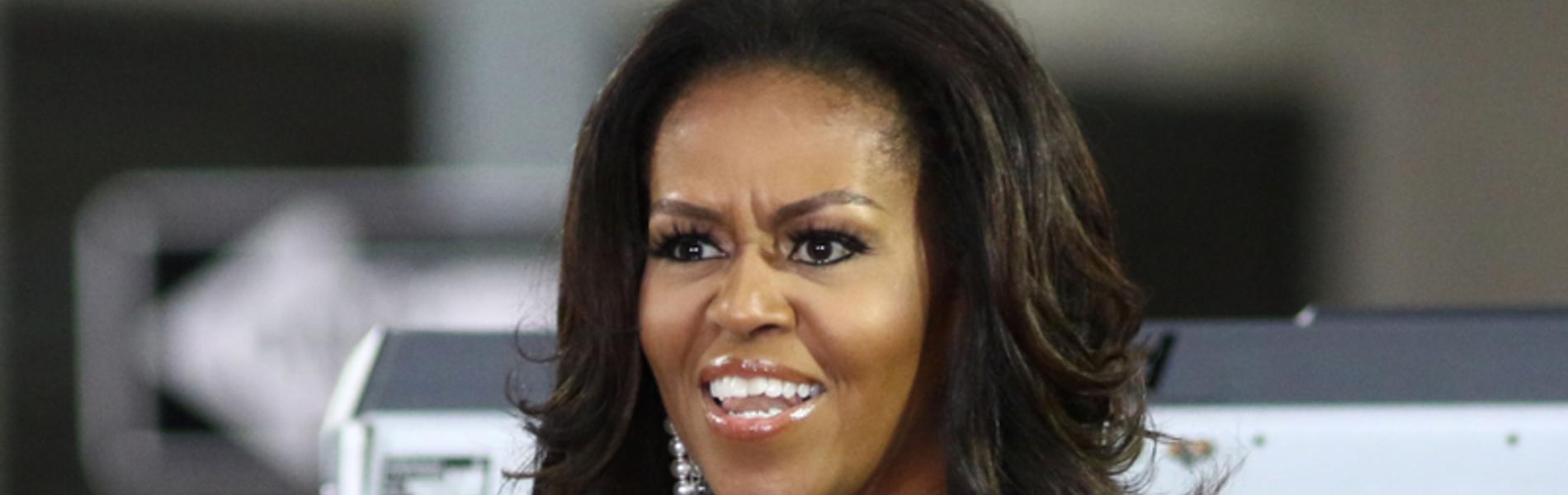 מגפי הזהב של מישל אובמה הם הרבה מעבר לאסון אפנתי