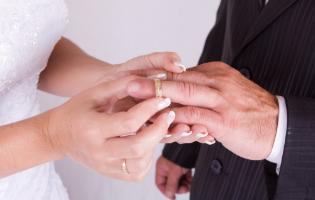אתם רוצים שנבחר בכם? תנו לנו קודם לבחור איך להתחתן