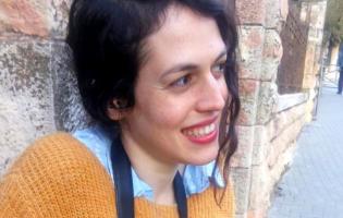 התמכרות לסמים, השראה או ילדים: ישראלית שאלה זרים למה הם קמים בבוקר