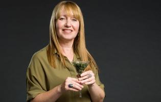 רואה ירוק – פרופ' חננית קולטאי חוקרת מקרוב את הצמח הכי טרנדי בעולם