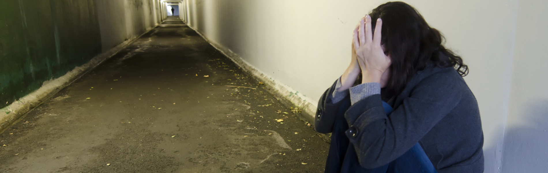 ילדה נאנסה על ידי ילדים ונערים אך עורך דינם מסרב לשלם לה פיצויים כי 'גם ככה היא נכה'