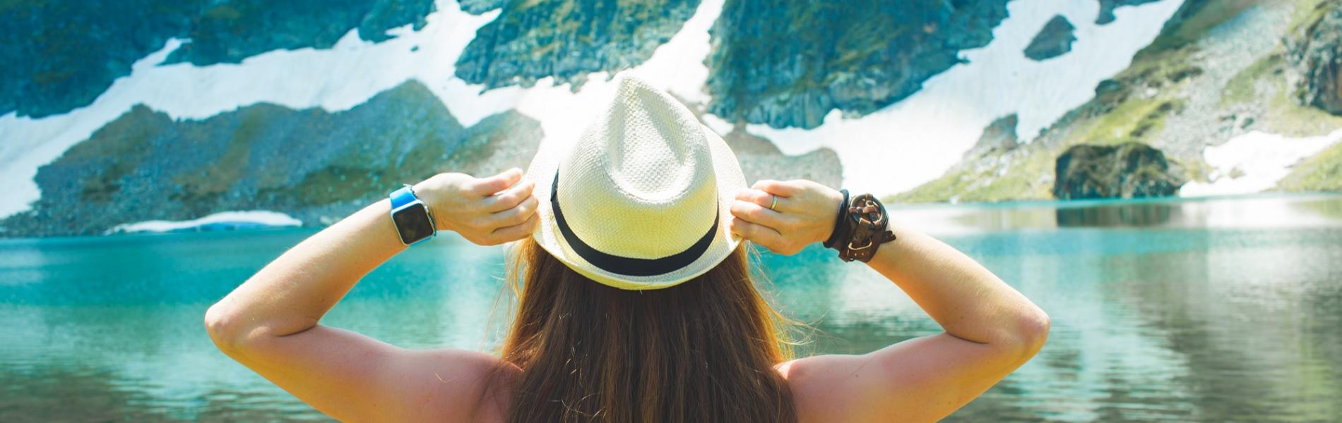 """לטייל לבד בחו""""ל: תוכנית 12 הצעדים למטיילת האמיצה"""
