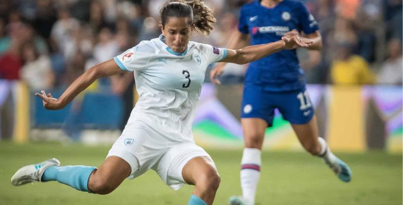 רגע טלוויזיוני נדיר: כדורגל נשים ישראלי על המסך