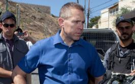 גלעד ארדן לא חושב שרצח נשים זו בעיה בישראל, רק חבל שהוא השר לביטחון פנים