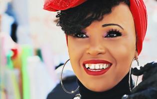 מהילדות הקשה בריו ועד להצלחה בארץ: הזמרת שכובשת את הישראלים