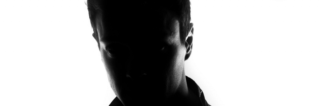 פוסט הטראומה של הטרגדיה:  הגבר שמפחד להיות הרוצח הבא