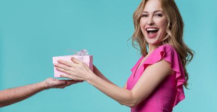 פסח 2021: המתנות הכי שוות שאתם יכולים להעניק למארחת המותשת, למשפחה שלכם ולעצמכם