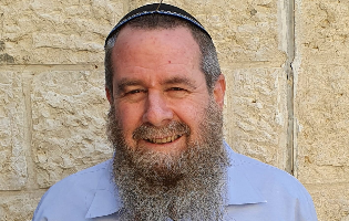 """צלם במשכן: היום בו מושבע שונא נשים, שונא להט""""ב וגזען לכנסת הוא יום שחור לישראל"""