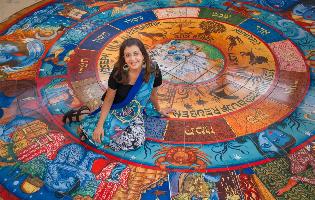 """""""אני אמנית הודית, יהודייה ואמריקאית. אני כל הדברים האלו, אבל גם אף אחד מהם"""""""